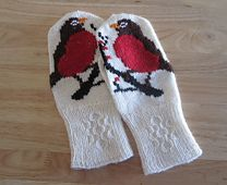 Mittens with robin: The Secret (intarsia) pattern by Julie Hamilton