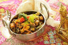 indisk linseret med søde kartofler og chili indisk gryderet med søde kartofler og chili 200 g sorte eller grønne linser 1 spsk brune sennepsfrø 100 g løg 4 fed hvidløg ½-1 chili 2 spsk olie 2-3 s…