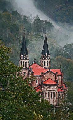Basílica de Santa María la Real, Covadonga, Asturias, Spain (by Robert SG on Flickr)