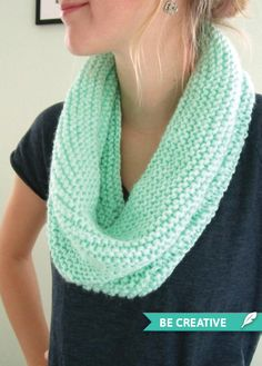 DIY Knit Circle Scarf. Really want to try and make one