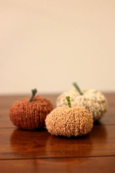Mini Pumpkin Knitting Pattern by LexaLex on Etsy