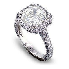 Asscher-Cut #Diamond E-Ring (4cts) (Credits: photo from Bead Snob [blogspot])