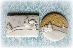 lovely layers on these winter scene cookies by Small Things. Iced Christmas cookies would make fab homemade gifts Christmas Sugar Cookies, Christmas Cupcakes, Christmas Sweets, Christmas Goodies, Holiday Cookies, Christmas Baking, White Christmas, Gingerbread Cookies, Christmas Scenery