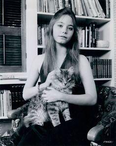 Super Seventies - Susan Dey and friend.