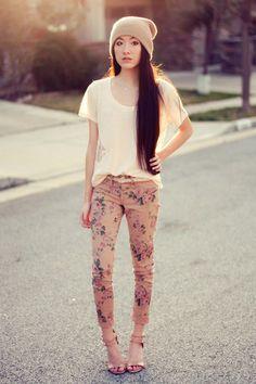 Printed skinny jeans.