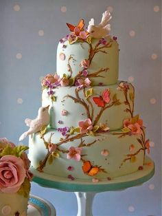 Cake and birds
