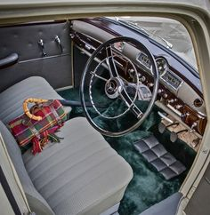 1955 Mercedes-Benz Ponton - Titelstar und Filmstar mit erst 107'000km im sensationellen Originalzustand   Classic Driver Market