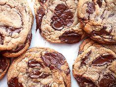 CHOCOLATE CHUNK HAZELNUT COOKIES