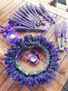 Lavender wreath and posies. Lavender wreath and posies. Lavender Cottage, Lavender Blue, Lavender Fields, Lavender Flowers, Dried Flowers, Purple Flowers, Lavender Bouquet, Rose Flowers, Lavender Wands