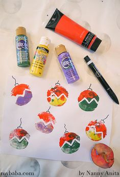 Keep little ones busy on the run up to Christmas with this bauble potato printing craft. Painting Activities, Infant Activities, Activities For Kids, Crafts For Kids, Arts And Crafts, Christmas Card Crafts, Christmas Gift Wrapping, Christmas Baubles, Toddler Christmas
