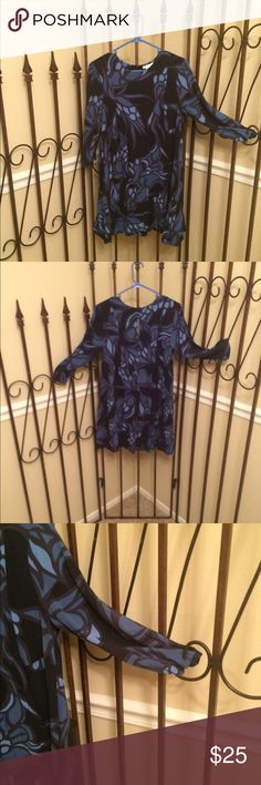 DRESS Navy dark blue cute short dress 3/4 sleeve  very cute dress keyhole closure sleeve is 17 bust to bust is 18.5 the dress from shoulder is 33 long H&M Dresses