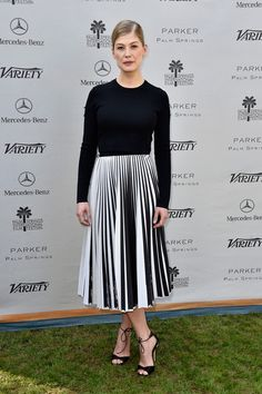 Rosamund Pike's Striped Pleated Skirt