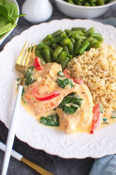 Fileciki z kurczaka w kremowym sosie z papryką i szpinakiem Risotto, Food And Drink, Meat, Chicken, Ethnic Recipes, Gastronomia, Cubs