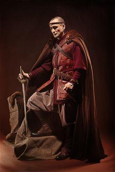 medieval costume with leather jacket www.vertugadins.com www.unjourdansletemps.com
