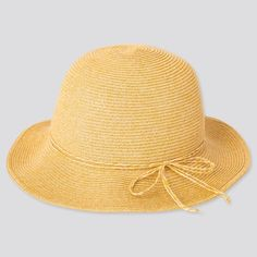 Protection from heat and UV rays. Essential for outdoor activities. - UV Cut technology protects your skin from ultraviolet rays. Knitted Beret, Knit Mittens, Girl With Hat, Boy Or Girl, Uv Protection Hat, 3 Shop, Head Accessories, Summer Hats, Keep Warm