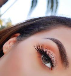 12.8 тыс. отметок «Нравится», 55 комментариев — ICONIC LONDON (@iconic.london) в Instagram: « @jessieann_g ~ Girl, you have KILLED this look! Jessie uses our Day to Slay Eyeshadow Palette…»