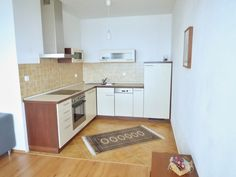 Byt k pronájmu Brno-Líšeň, novostavba zařízeného bytu 2+kk s garážovým stáním a terasou ul. Holzova.