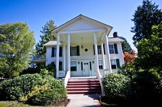 Historic Joel Palmer House, built in 1887. Dayton, Oregon. It is believed to be one of the oldest Classical Revival buildings surviving in Oregon.