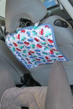 Protège dossier de voiture