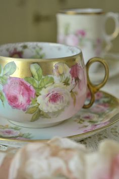 Jennelise: Cups of Tea