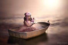 モデルは片腕の愛娘「勇気と未来への希望」が詰まった感動的な写真が世界中で話題