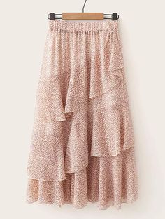 To find out about the Ruffle Hem Ditsy Floral Skirt at SHEIN, part of our latest Skirts ready to shop online today! Modest Fashion, Hijab Fashion, Fashion Dresses, Ruffle Skirt, Dress Skirt, Hijab Stile, Mode Hijab, Skirt Outfits, Boho