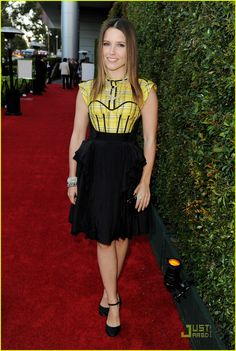 Sophia Bush fashion celebrity street style