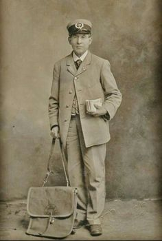 Old Pictures, Old Photos, Postman Bag, Postal Scale, Us Postal Service, Fun Mail, Going Postal, Working People, Past Life