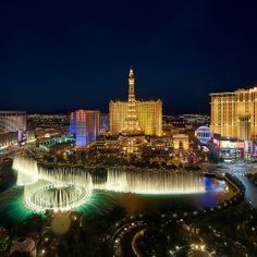 Las Vegas Bellagio Fountains by Visualist Images, via Flickr