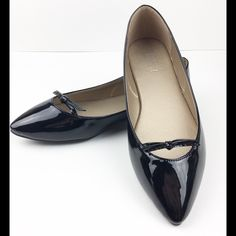 Little black Flat Ballet SZ 7.5 Bow Patent NEW A little black flat always pulls an outfit together!  These have a pointed toe, patent faux leather and very flat. I recommend going up a half size. Super cute any day of the week. 🎀🎀🎀 . These are new in the box. Price is already so great that it is non-negotiable unless you bundle!  🚫TRADES🚫 New, unworn in original box! Please note: any item being modeled are my personal shoes:) toast Shoes Flats & Loafers