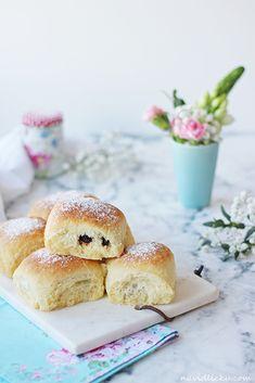 Plum Jam Filled Yeast Buns / Honzovy buchty | Na vidličku food blog