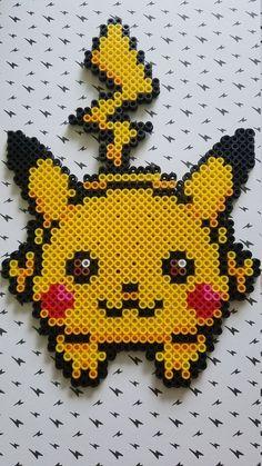 A large Pikachu Perler Bead Magnet. Pixel Pokemon, Pyssla Pokemon, Pokemon Perler Beads, Diy Perler Beads, Perler Bead Art, Perler Bead Disney, Easy Perler Bead Patterns, Melty Bead Patterns, Perler Bead Templates