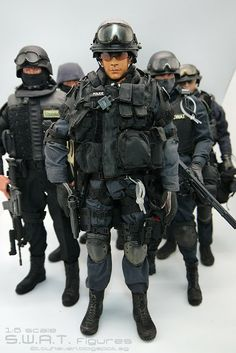 toyhaven: 1/6 scale S.W.A.T. 12-inch Action Figures - We really need more of them to form a bigger team!