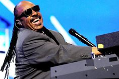 5/20/12 - Stevie Wonder Receives Icon Honor at Billboard Music Awards
