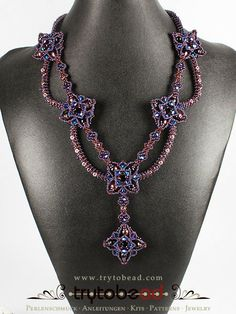 Try-to-be-better: La Belle / Die Schöne by Sabine Lippert