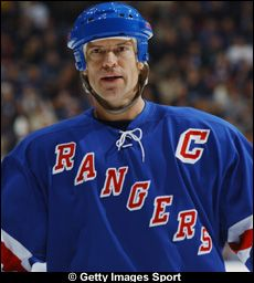 This is the profile page of Mark Messier at www.eliteprospects.com