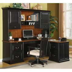 Lafontaine L-Shaped Desk with Hutch