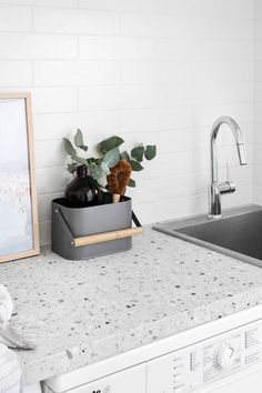 Modern muse - Laundry inspiration and ideas Kitchen Reno, Kitchen Remodel, Kitchen Dining, Laundry Room Design, Laundry In Bathroom, Bathroom Inspo, Terrazzo, Living Colors, Laundry Room Layouts