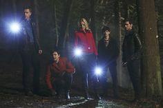 """David, Mary Margaret, Emma, Henry and Killian - 4 * 17 """"Heart of Gold"""""""