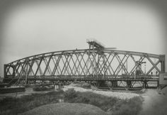 Construction of the bridge over the Oude Maas at Spijkenisse, Arnaud Pistoor, 1902