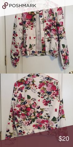 Selling this Floral Passion on Poshmark! My username is: kishamichelle. #shopmycloset #poshmark #fashion #shopping #style #forsale #Forever 21 #Jackets & Blazers