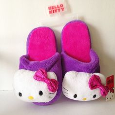 Hello Kitty Slippers House Shoes Scuffs Purple Hot Pink Ladies SMALL 5-6 New with Tags
