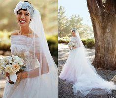 Google Image Result for http://www.celebritybrideguide.com/wp-content/gallery/celebrity-wedding-dresses/anne-hathaway-dress-569.jpg