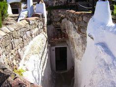 Travelogue Sardinia: Il villaggio ipogeo di Sant'Antioco