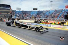 "Tony ""The Sarge"" Schumacher & Team competing at the Route 66 Nationals in the T/F US. ARMY Dragster"