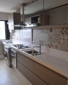 Long Narrow Kitchen Remodel Storage 46 Ideas For 2019 Kitchen Room Design, Modern Kitchen Design, Interior Design Kitchen, Kitchen Decor, Kitchen Ideas, Kitchen Storage, Ikea Kitchen, Modern Kitchen Cabinets, Kitchen Backsplash