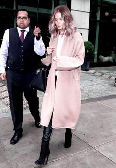 runwayandbeauty: Rosie Huntington-Whiteley steps out in New...
