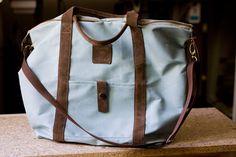 Duża, miętowa torba z tkaniny z suwakiem - Ręcznie robione skórzane torby