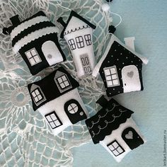 Felt Crafts little houses.  Cute tooth fairy pillows or sewing activity.