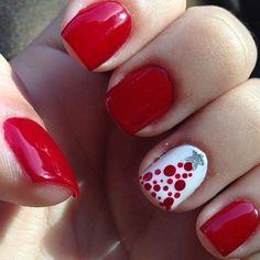 I am providing a post of red, green & white Christmas nail art designs & ideas of these Xmas nails are spectacular. Holiday Nail Art, Christmas Nail Art Designs, Winter Nail Art, Winter Nails, Christmas Design, Spring Nails, Summer Nails, Cute Christmas Nails, Xmas Nails